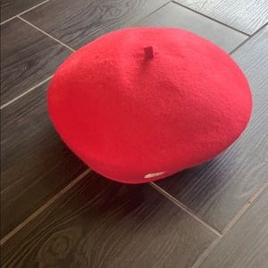 Gymboree beret Olivia collection size small
